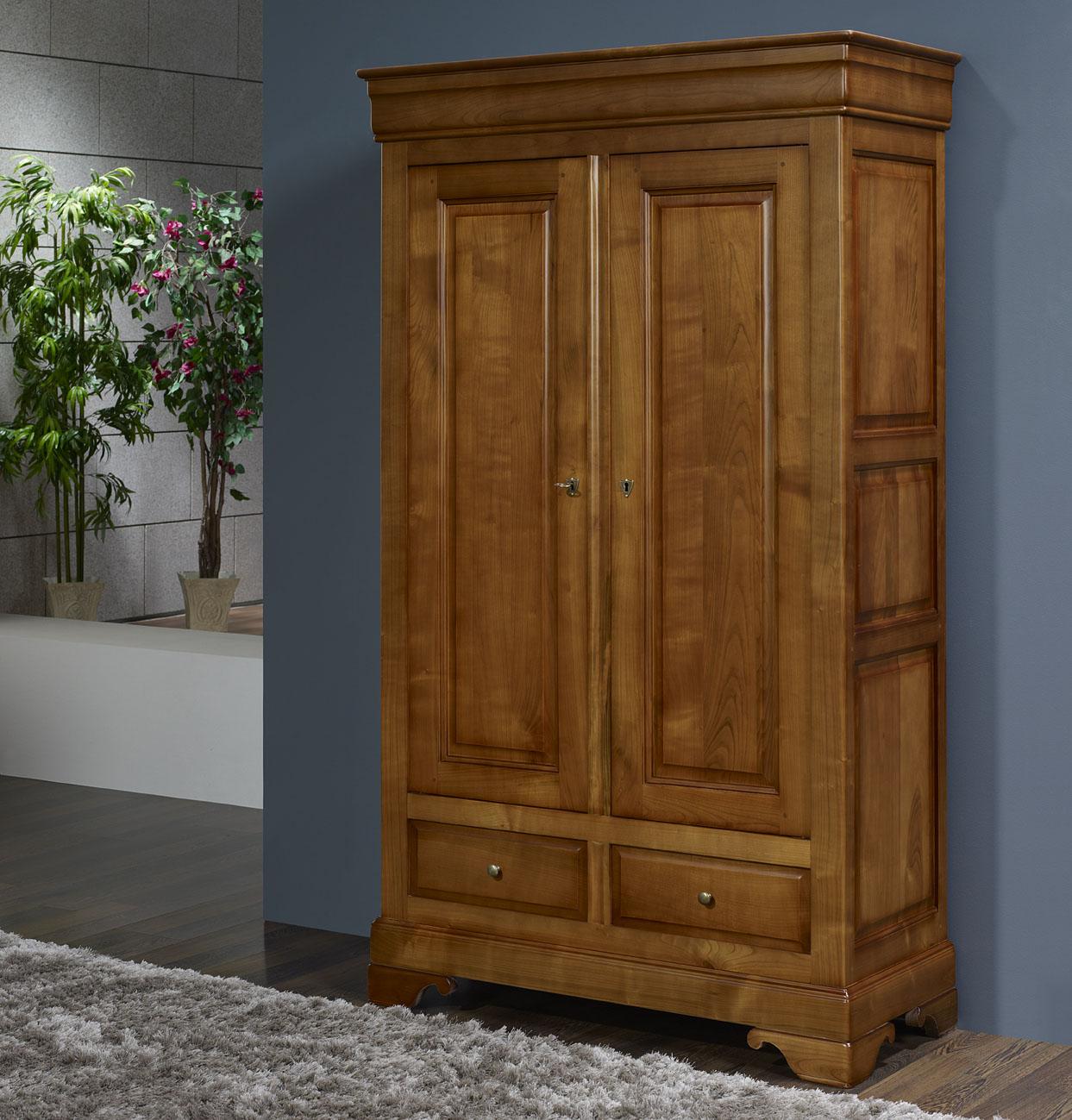 petite amoire en merisier massif de style louis philippe meuble en merisier. Black Bedroom Furniture Sets. Home Design Ideas