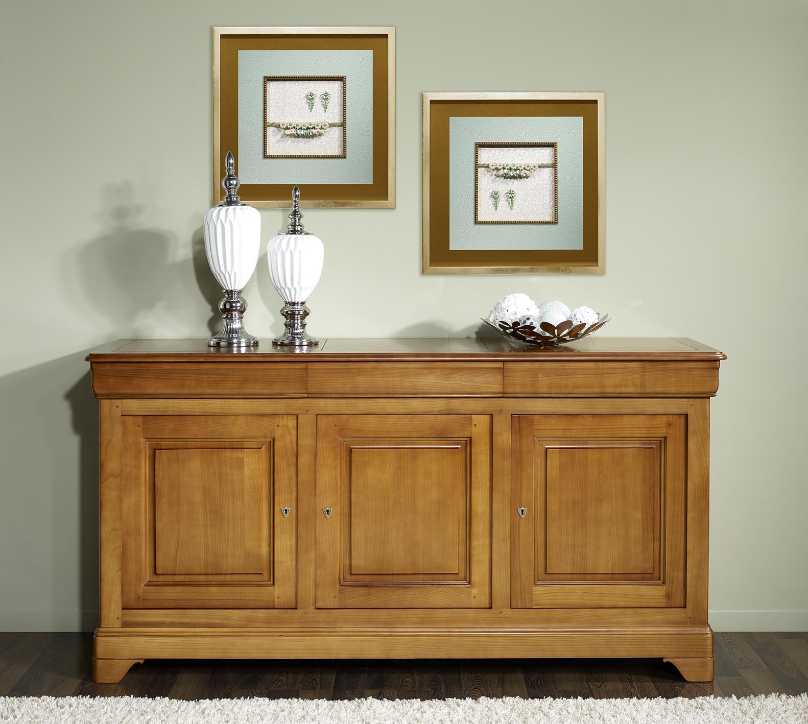 buffet 3 portes estelle en merisier massif de style louis philippe meuble en merisier. Black Bedroom Furniture Sets. Home Design Ideas