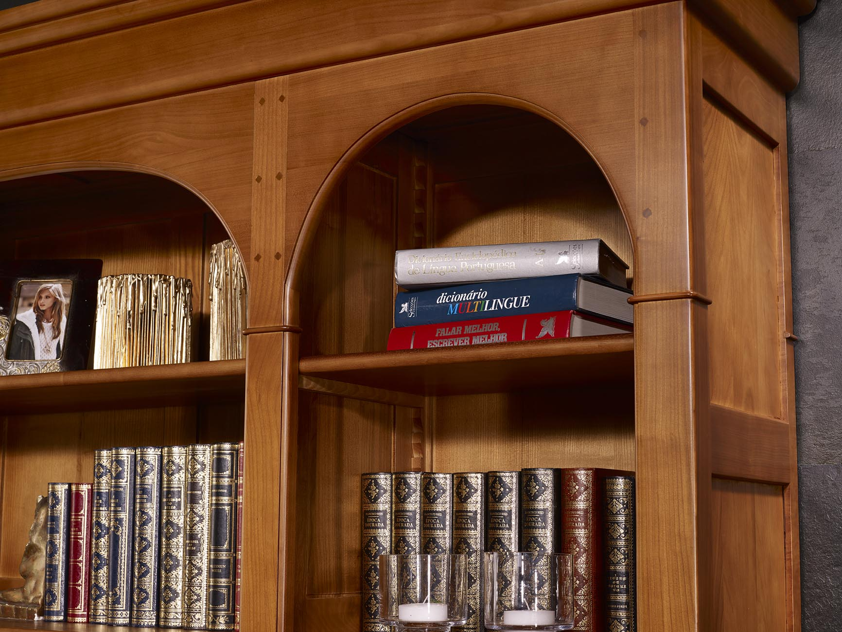 biblioth que 4 portes h l ne en merisier massif de style. Black Bedroom Furniture Sets. Home Design Ideas