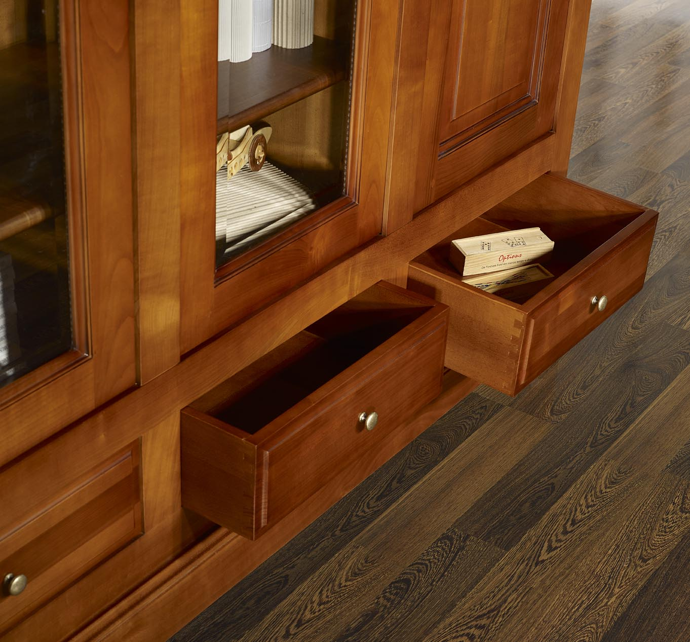 biblioth que 4 portes in s en merisier massif de style louis philippe meuble en merisier. Black Bedroom Furniture Sets. Home Design Ideas