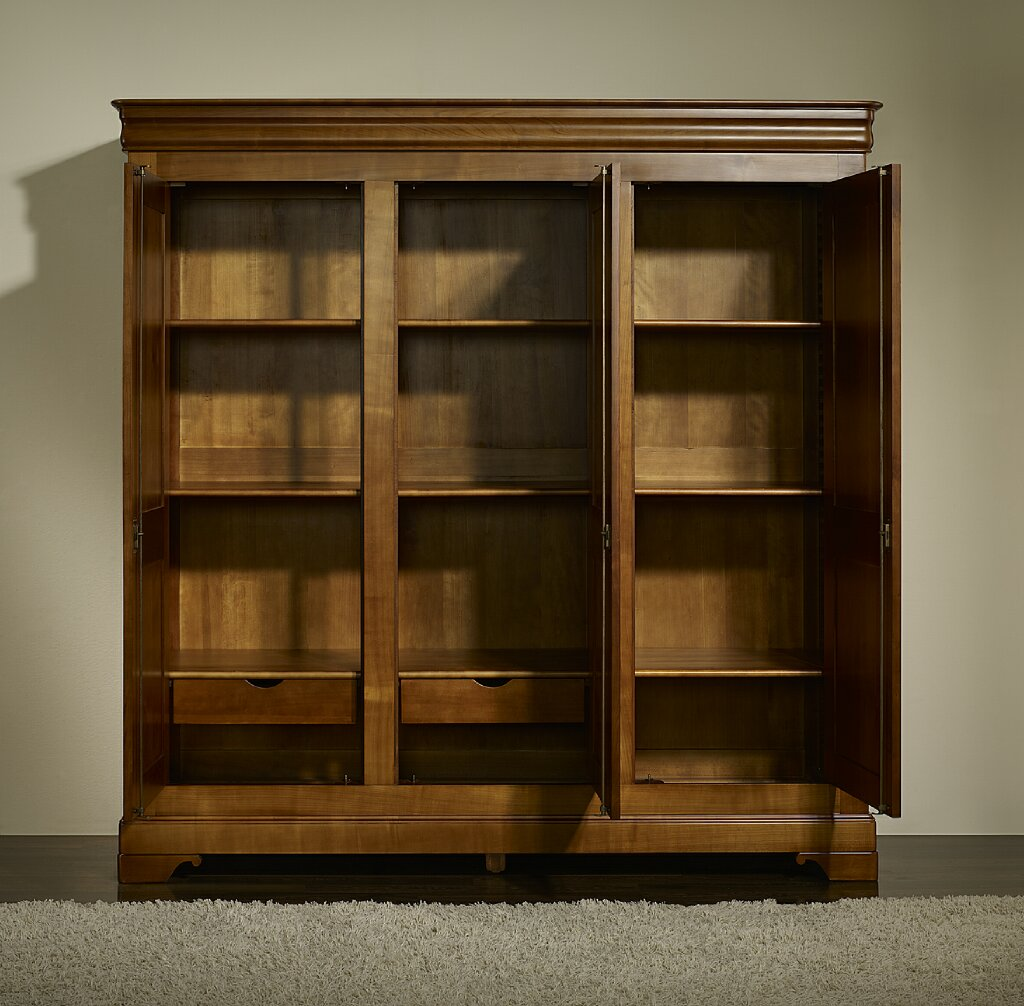 Armoire Article