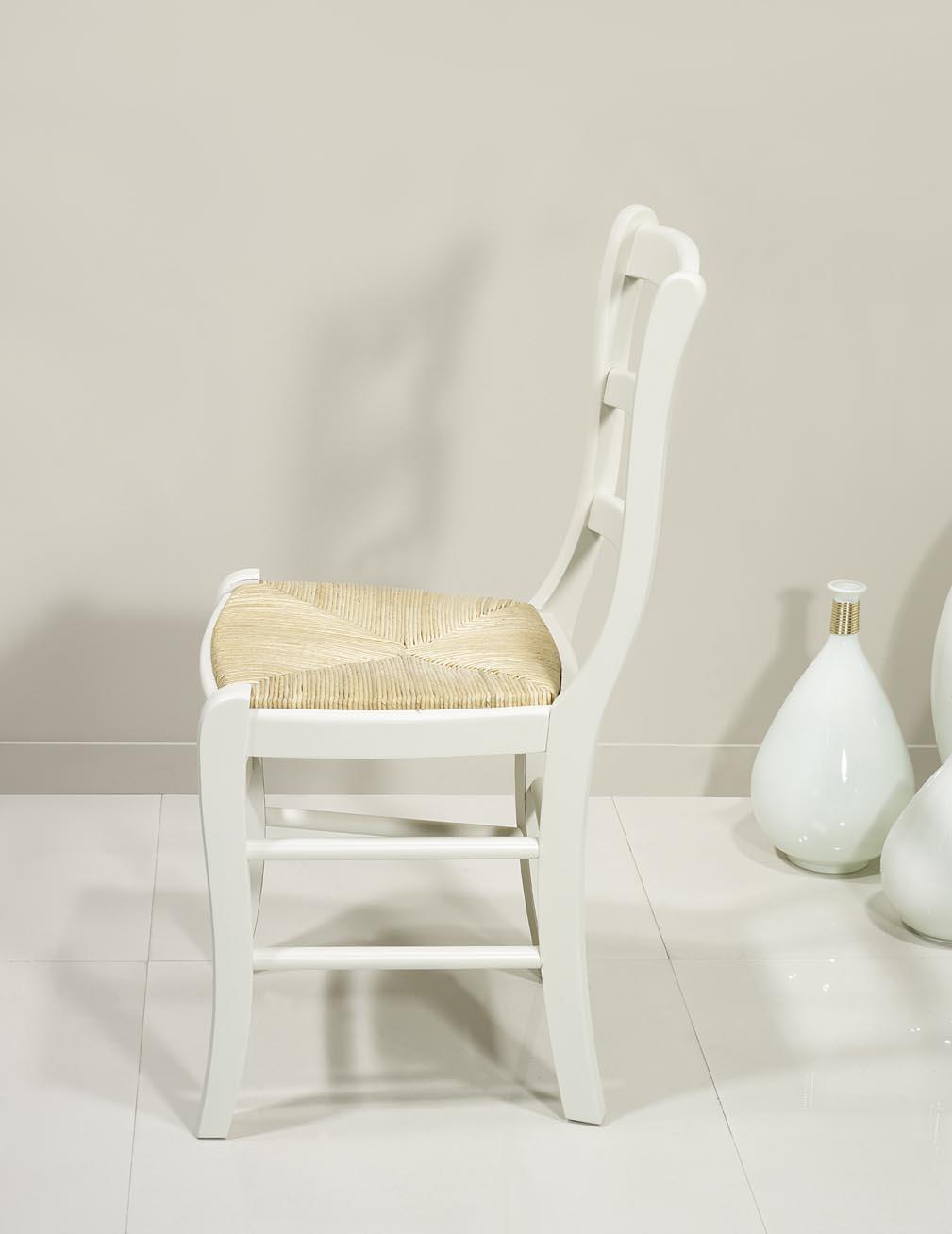 chaises en h tre massif de style louis philippe finition ivoire meuble en merisier. Black Bedroom Furniture Sets. Home Design Ideas