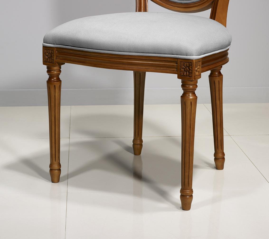 chaise emeline ralise en merisier massif de style louis xvi