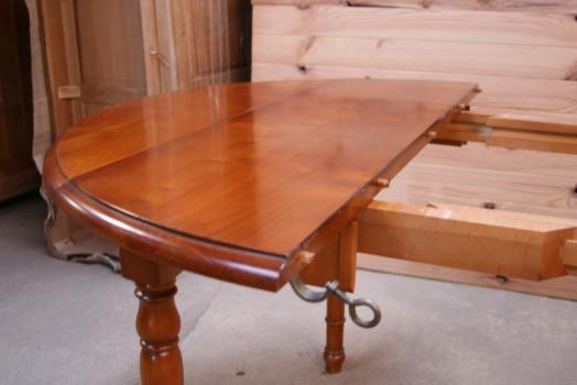 table ronde à volets diametre 110 de style louis philippe en
